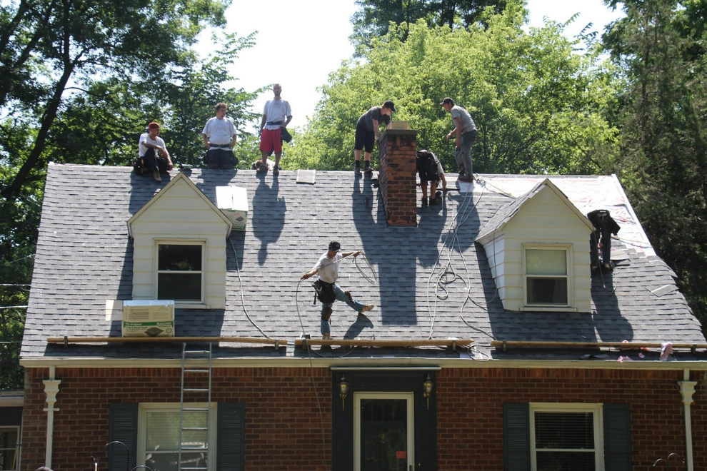 Reasons Why You Should Never Put Off Roof Repairs in West Bloomfield Michigan